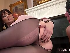 Madeline Reed gives her slave a handie
