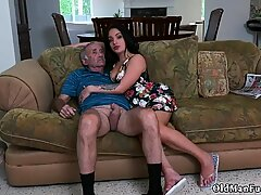 Old granny fucking first time Frannkie s a quick learner! - Rose A