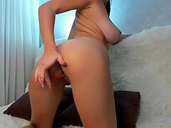 Fantastic babe masturbation show