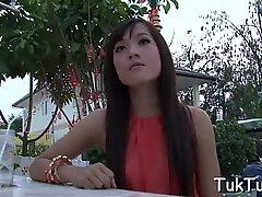Hooking up a pretty Thai girl