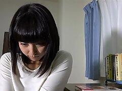 Retorcido asiático jovencita